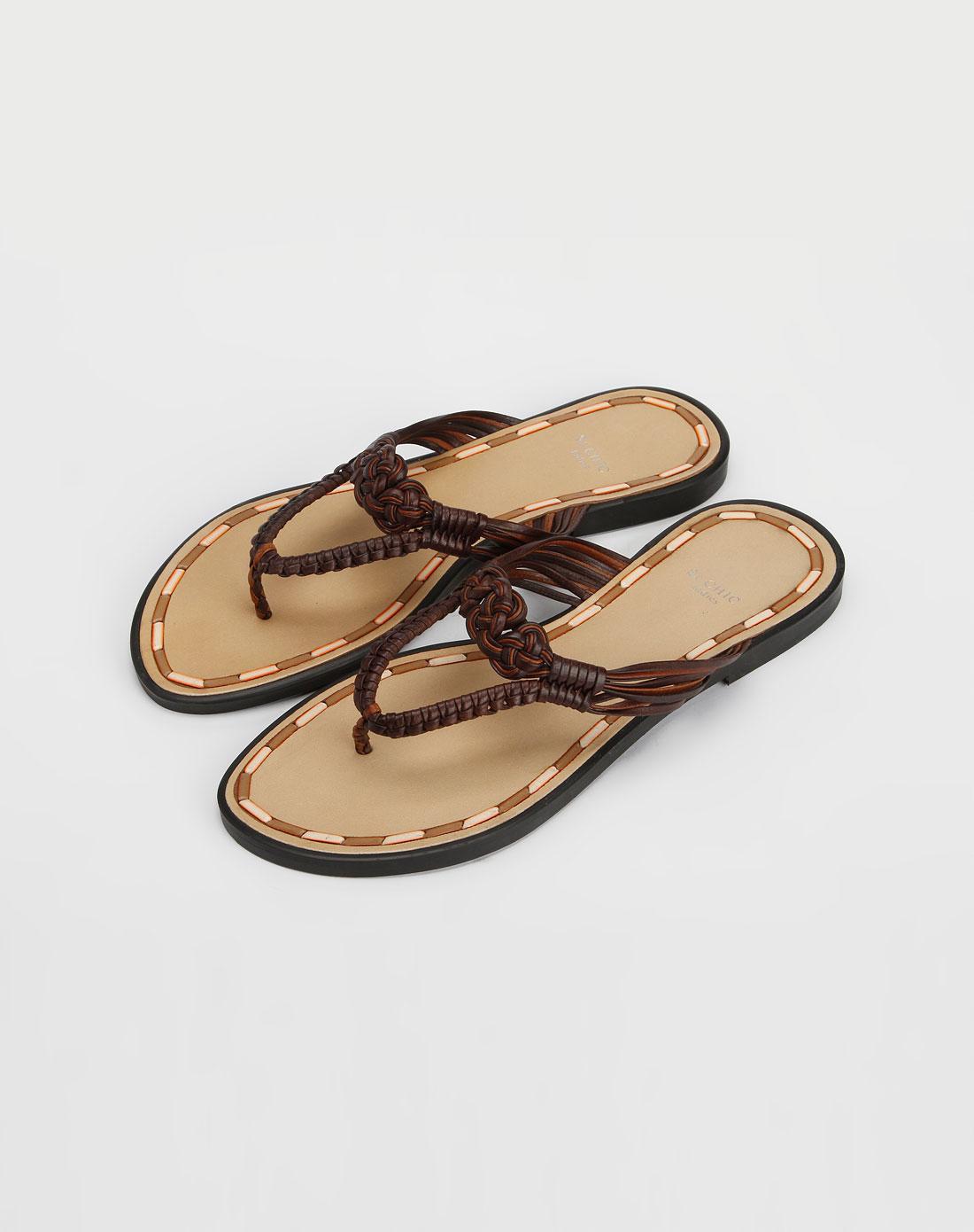 深啡色编织凉鞋