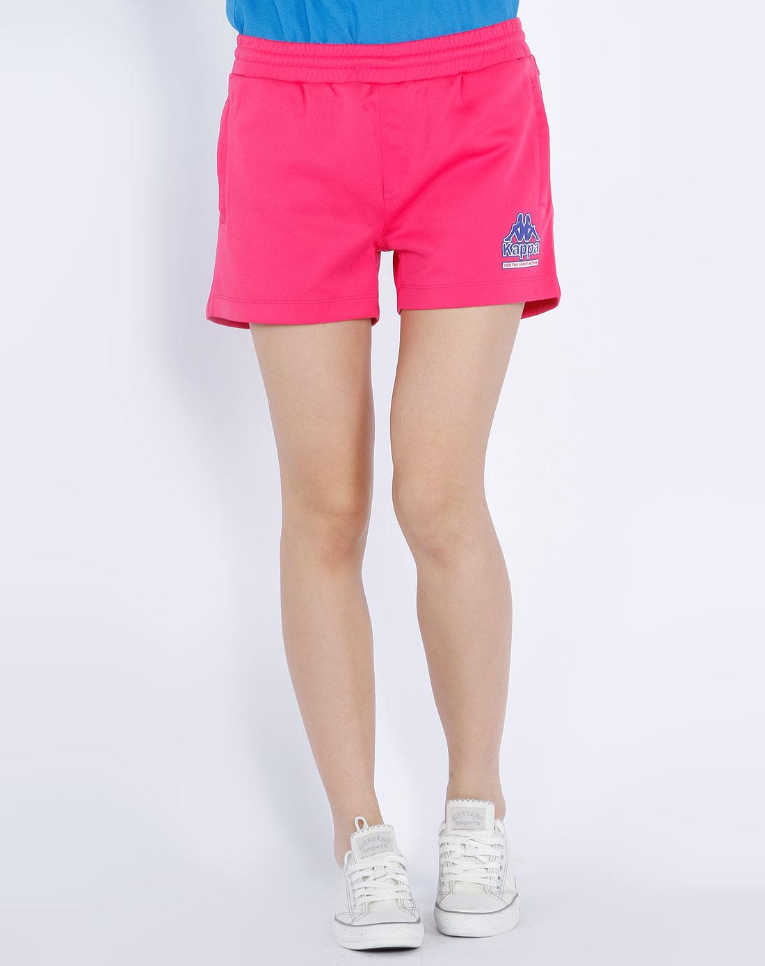 桃红色运动短裤