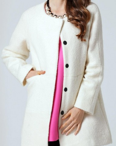 米白色纯色几何拼接圆领复古毛呢大衣