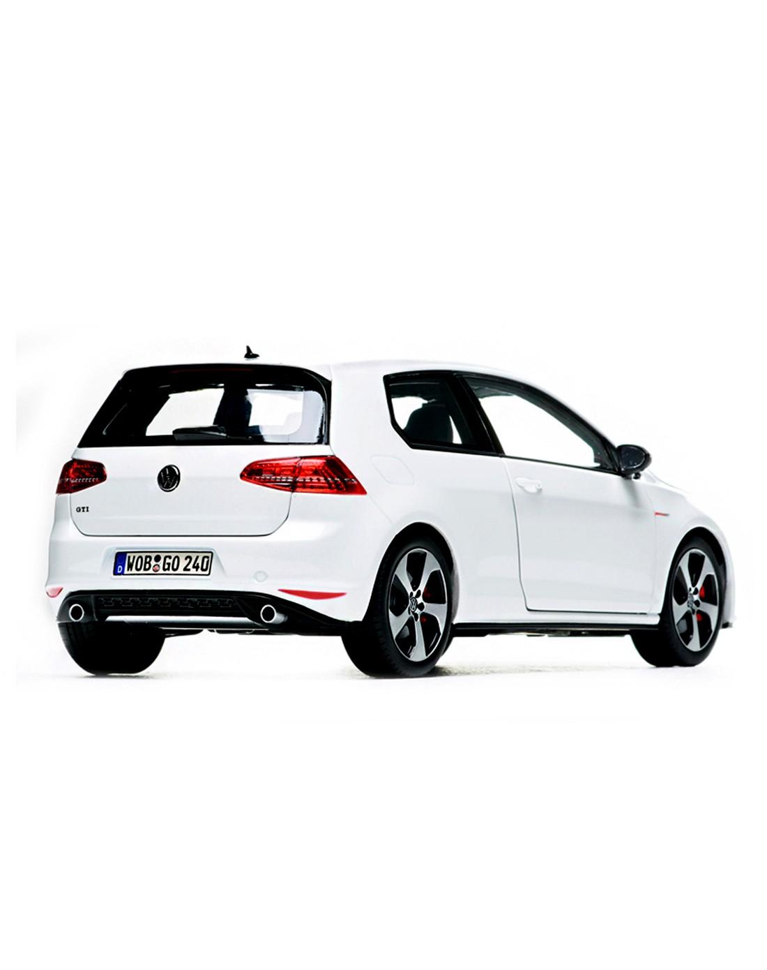 大众汽车golf-gti 高尔夫白色轿车车模 1:18
