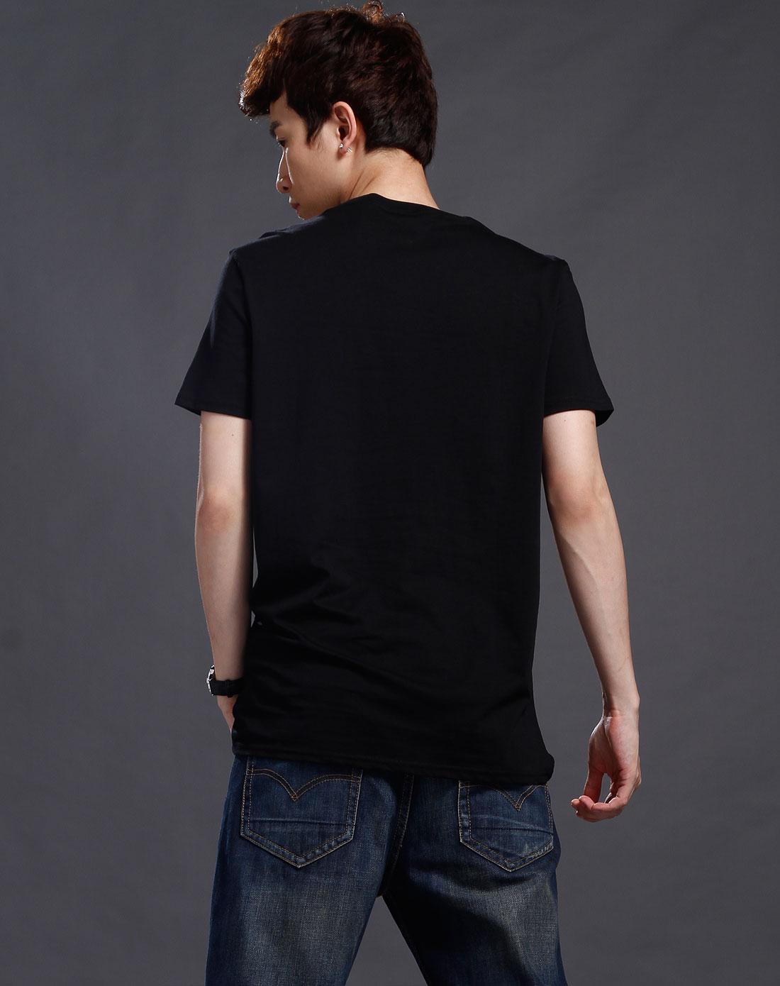 男款纯黑色字母印花圆领短袖t恤