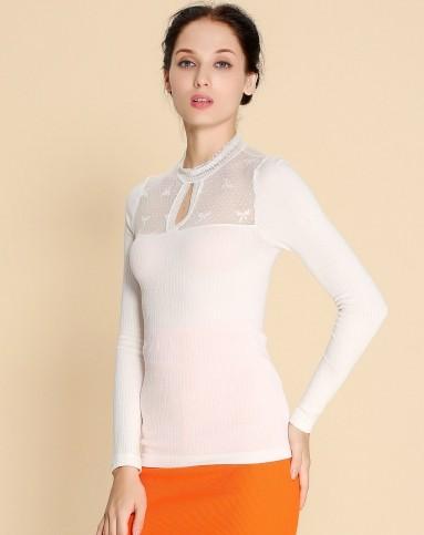 春天瑞朵女士白色蕾丝领性感打底衫