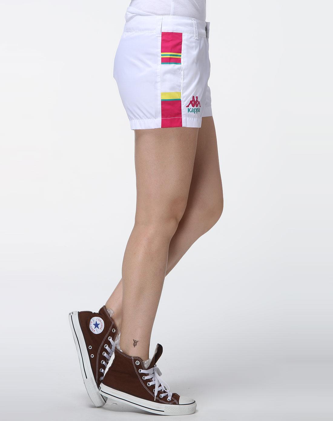 女款白色时尚运动短裤