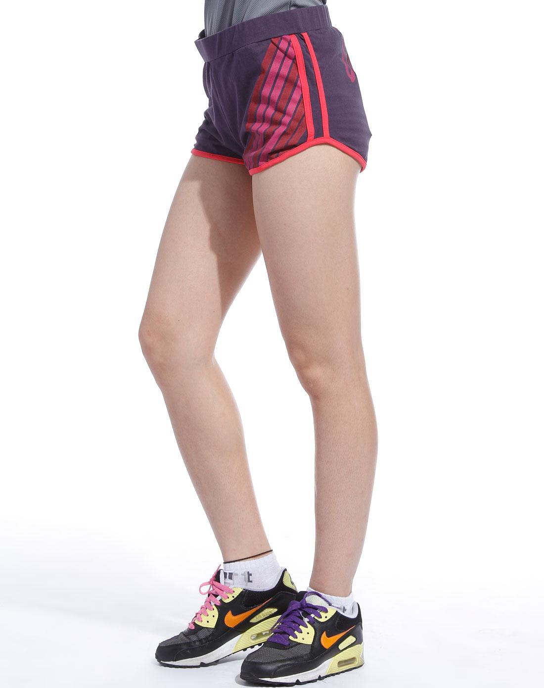 女款紫色运动短裤