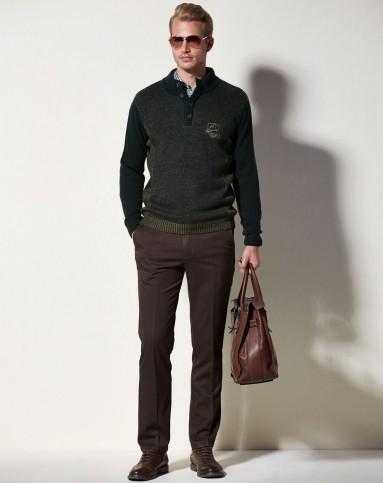 绿色欧式复古休闲立领百搭毛衣