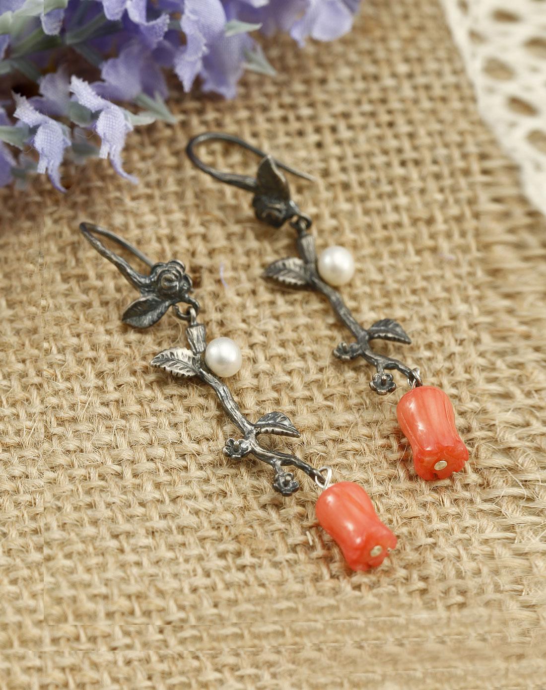 红珊瑚树枝珍珠复古银耳环