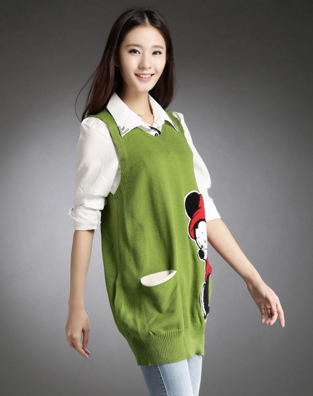 艾欧唯aiov绿色卡通图案无袖舒适可爱毛衣z837lv01