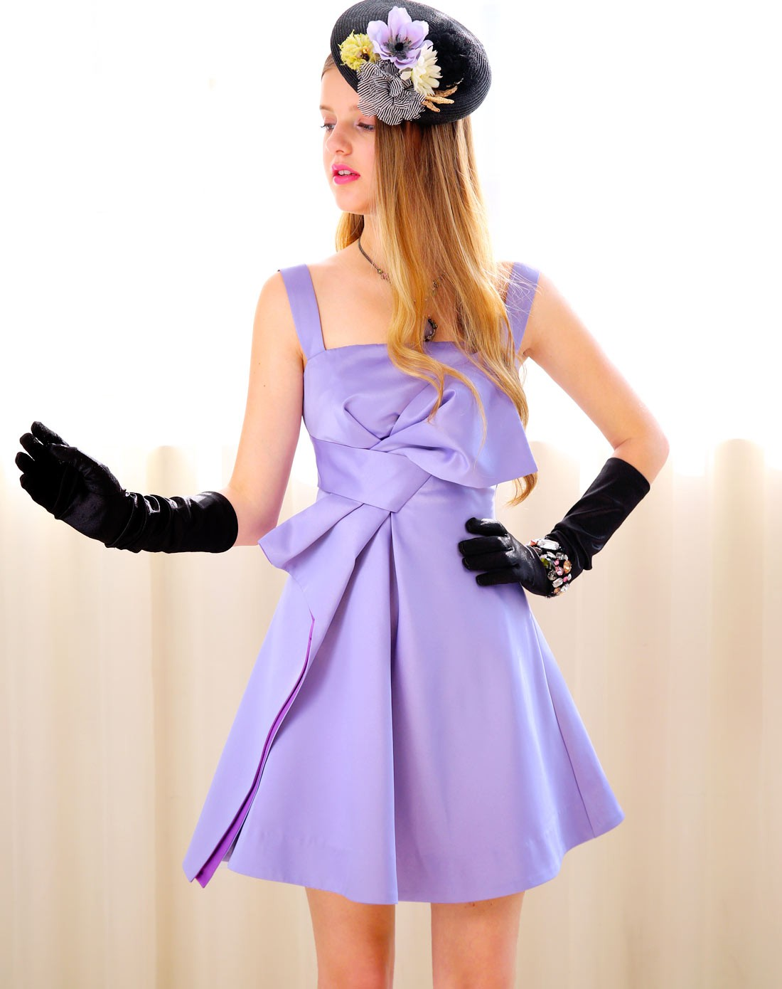 紫色立裁蝴蝶结小礼服图片