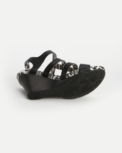 黑/白色蛇皮纹时尚坡跟凉鞋