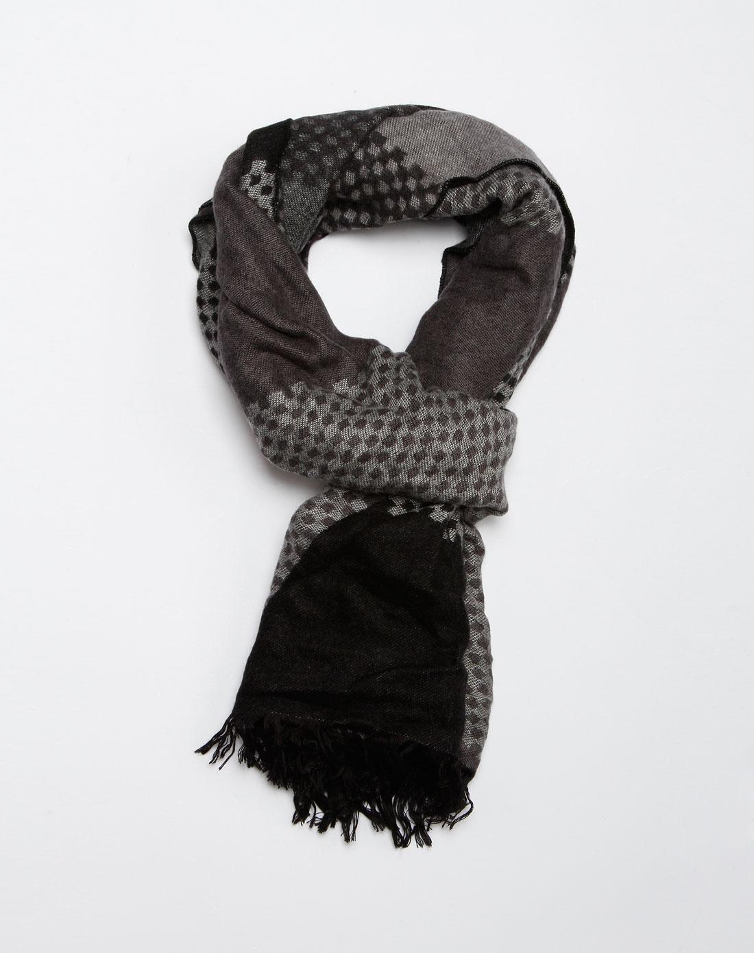 灰黑色时尚个性格子围巾