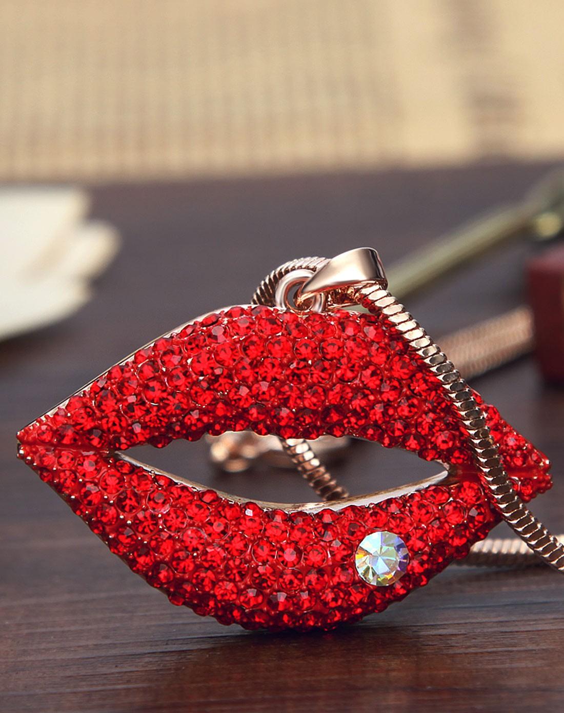 复古大红唇时尚吊饰毛衣链