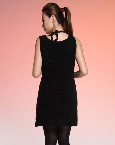 黑色横条纹背心连衣裙