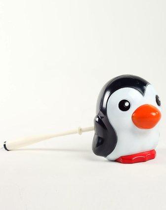 黑白色可爱小企鹅造型马桶刷
