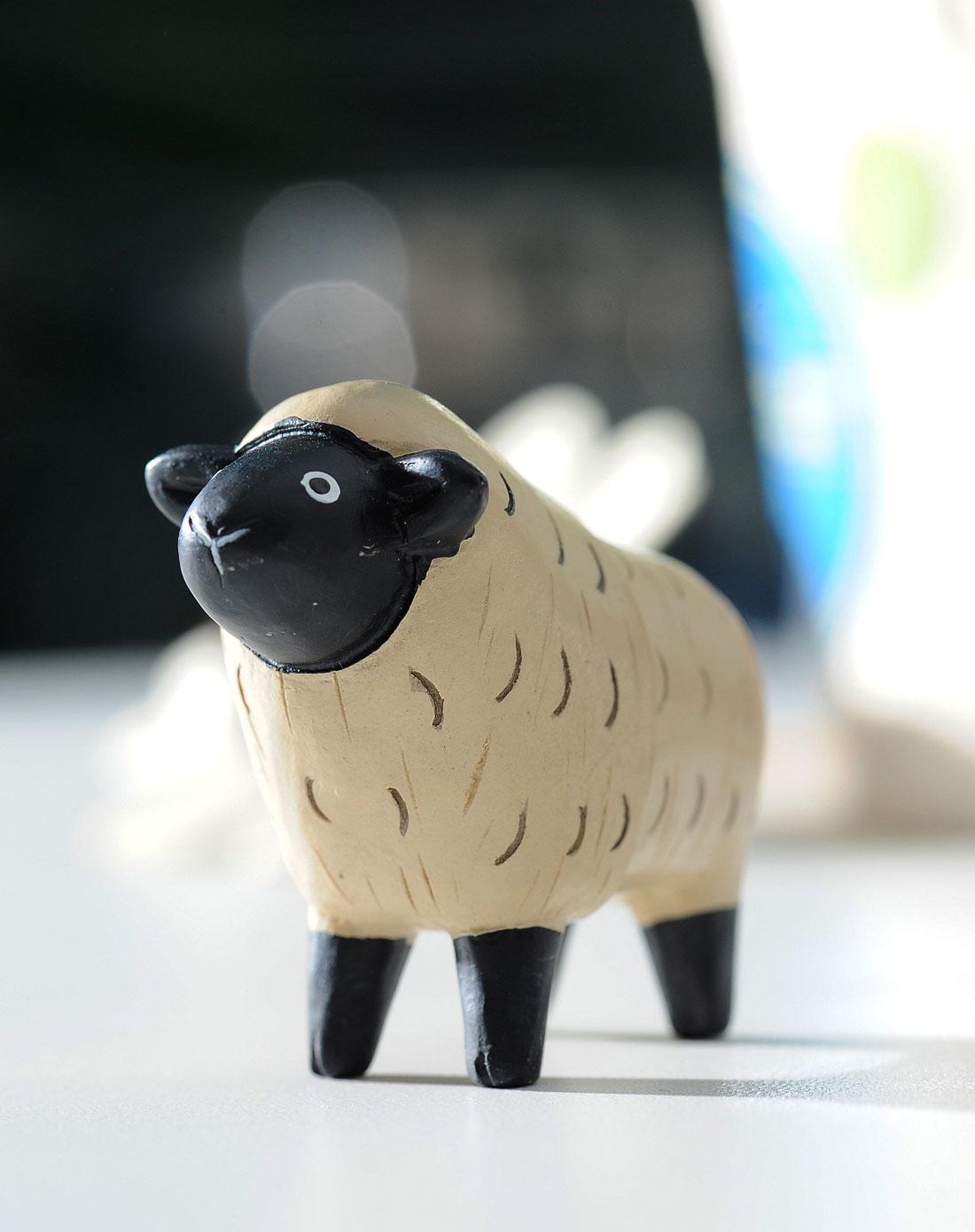 创意吸磁可爱小绵羊卡座