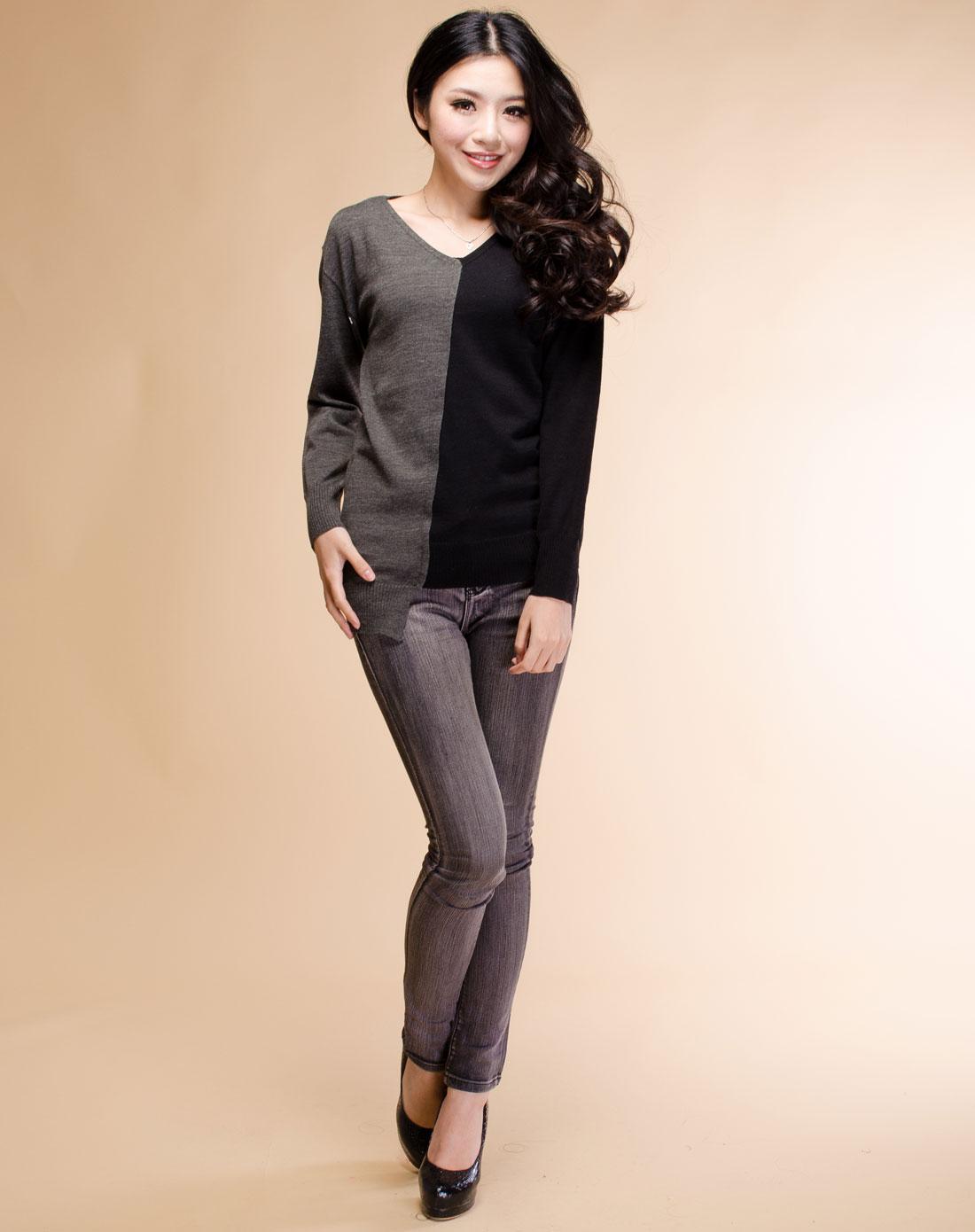 黑灰色时尚款毛衣