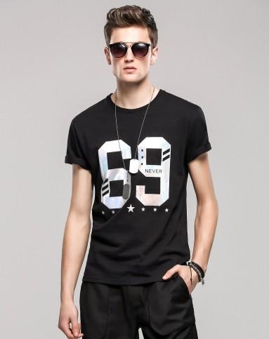 白/黑色69图案星星短袖t恤