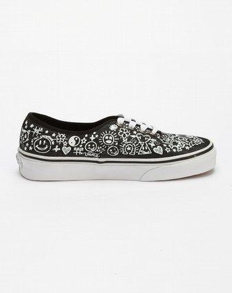 范斯vans男女女款黑/白色可爱花纹休闲鞋vn-0kum4w8