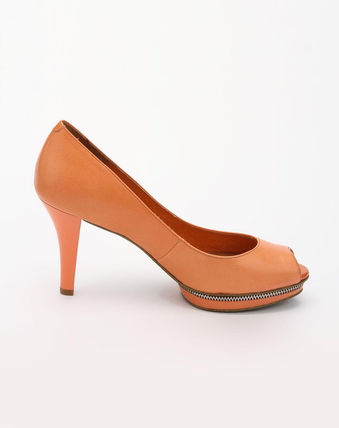 莱尔斯丹鱼嘴女鞋