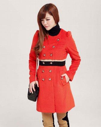 场-女装橘红色大衣