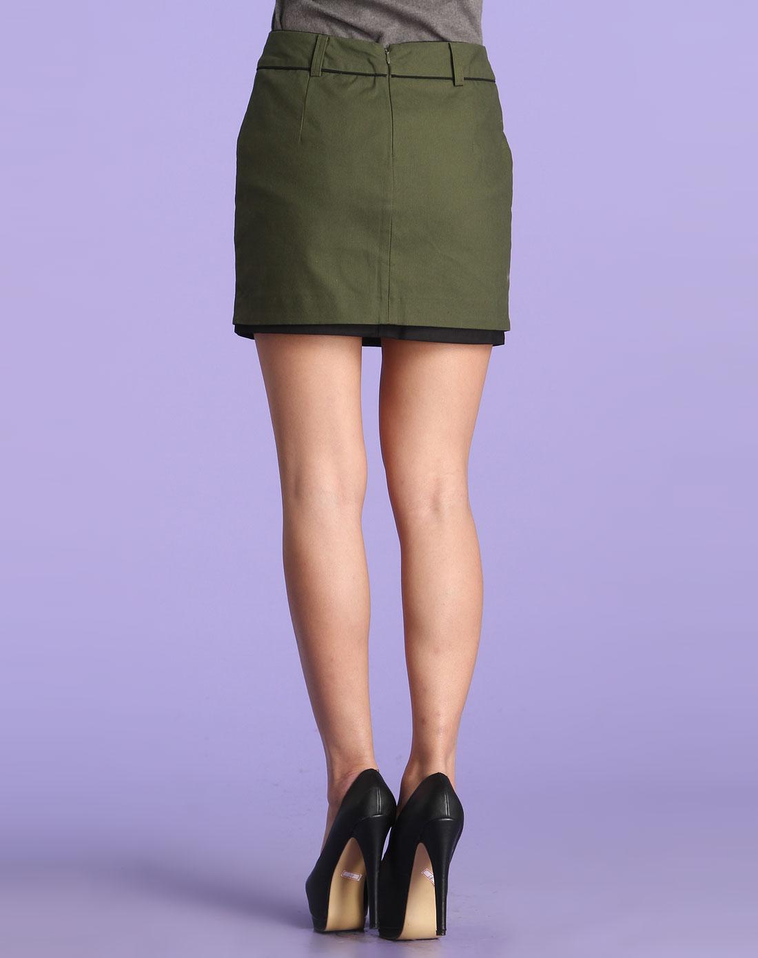 军绿色时尚双层短裙