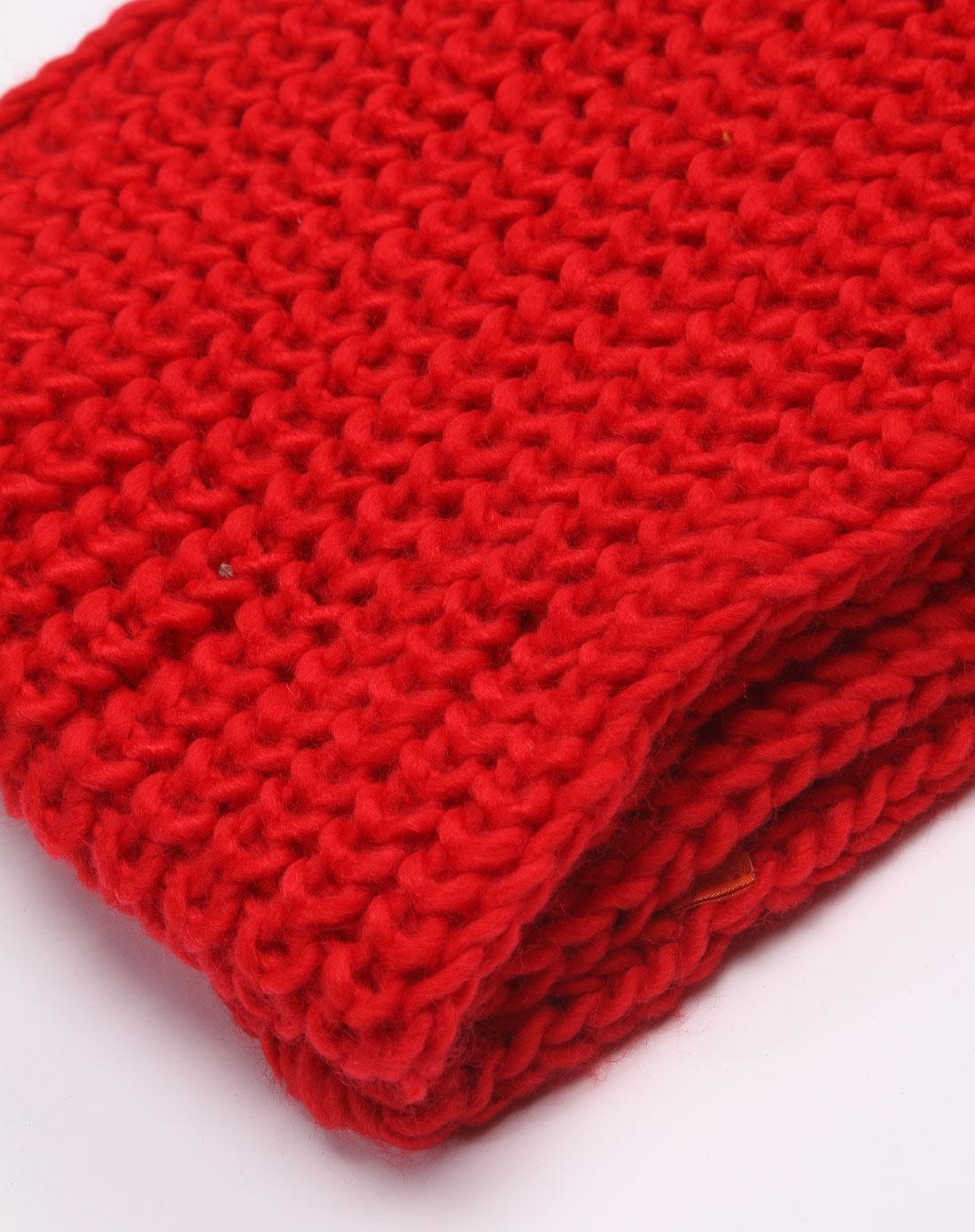 大红色针织围脖