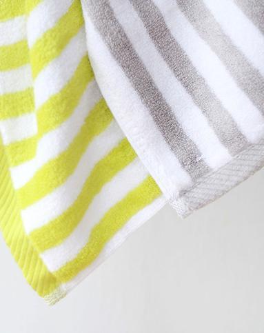 灰白条纹竹纤维亲肤方巾