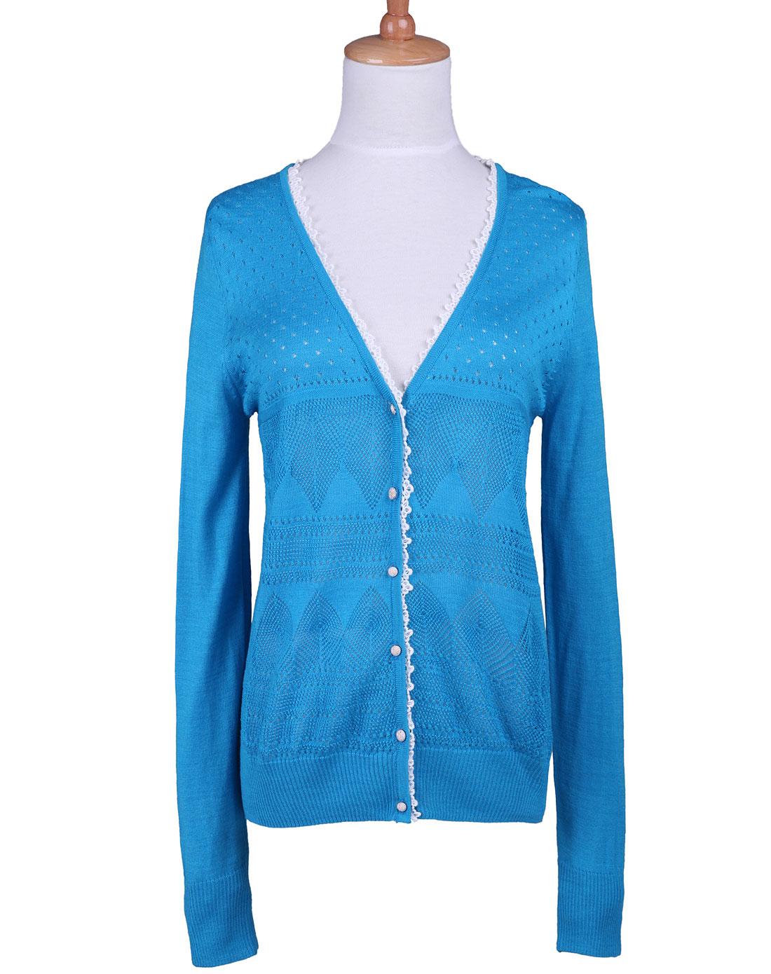 蓝色花边长袖毛衣