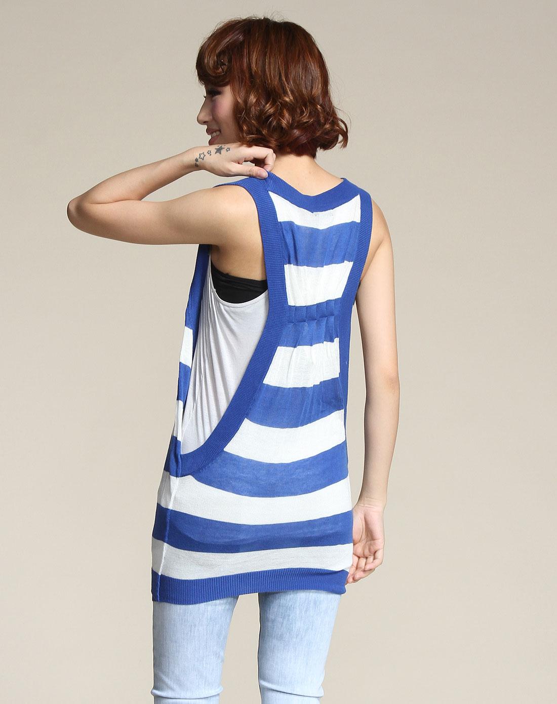 条纹中蓝色针织背心