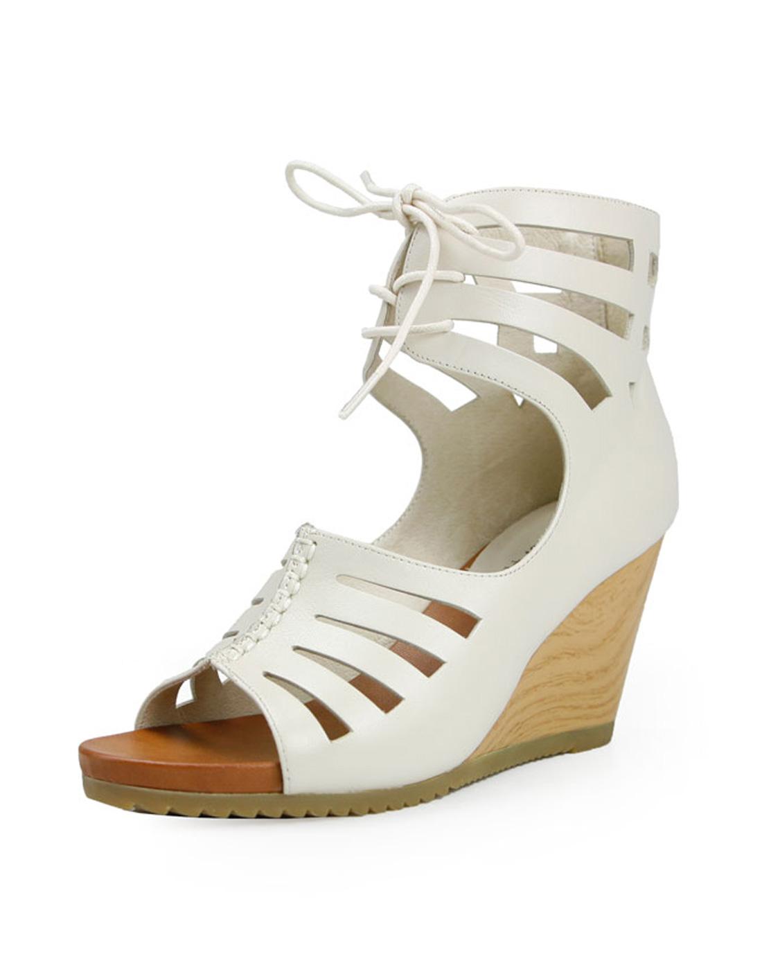banner白色牛皮女凉鞋a1380401c03