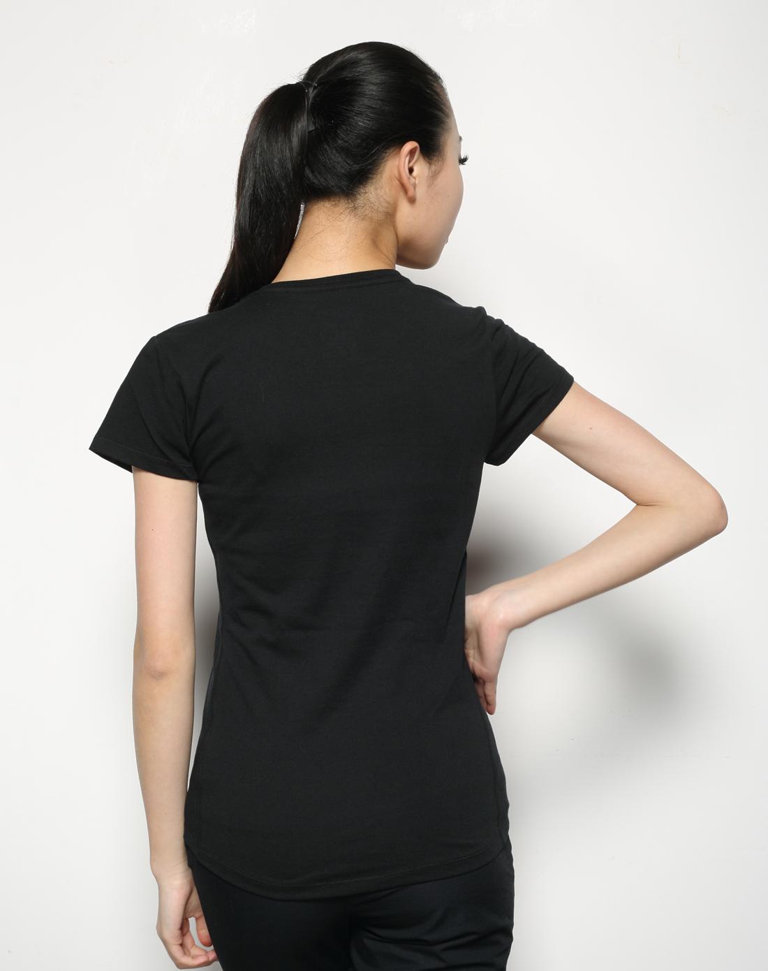 女子黑色短袖t恤