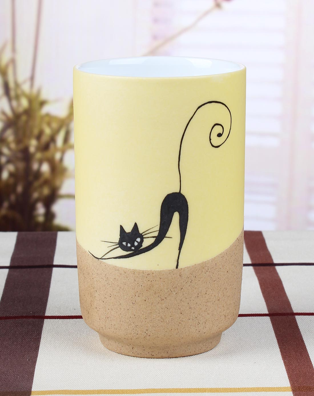 雅工坊家居专场 > 手绘陶瓷杯-性感猫咪图片