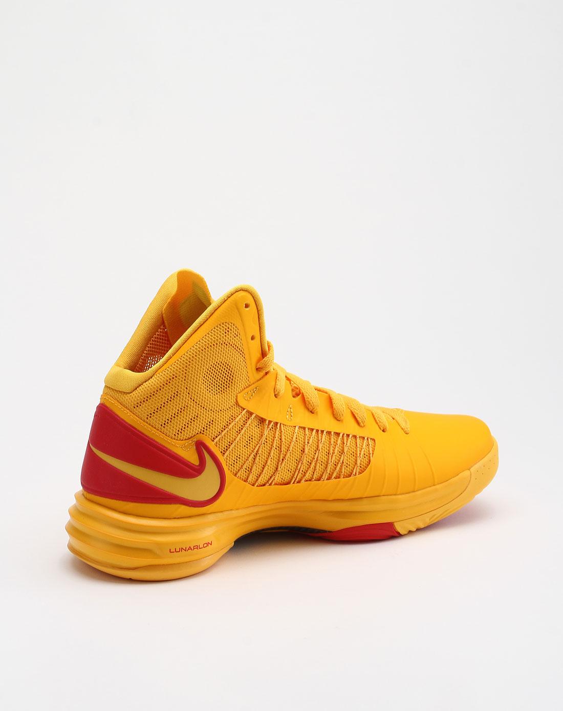 耐克nike 男款黄色高帮活力篮球鞋