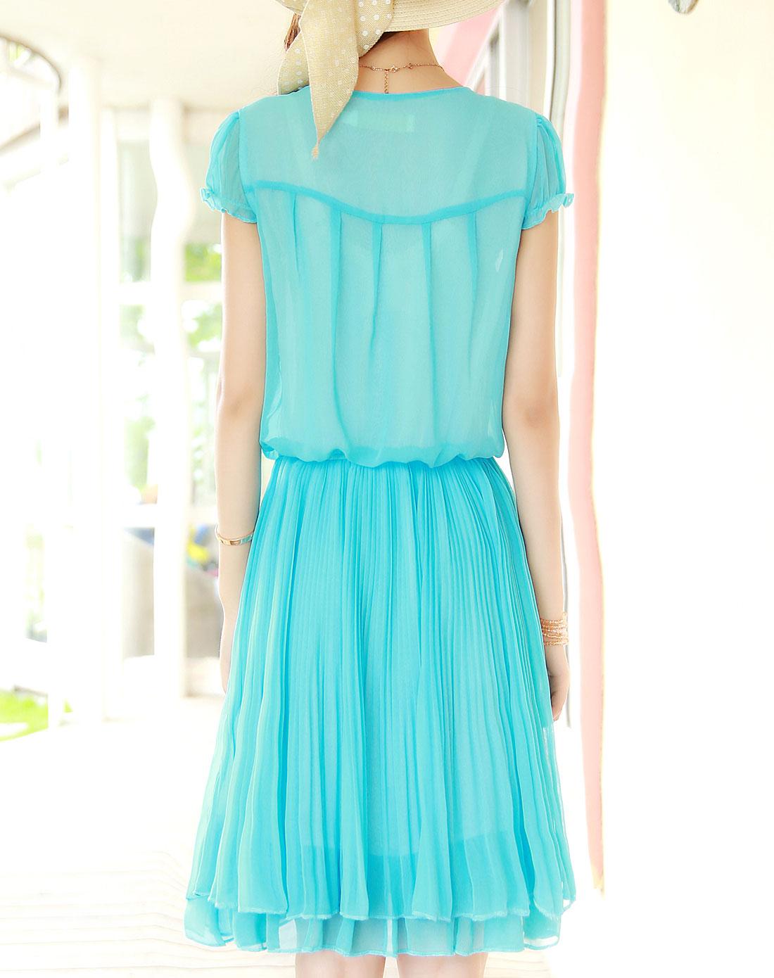 湖蓝可爱花边小圆领泡泡袖百褶连衣裙