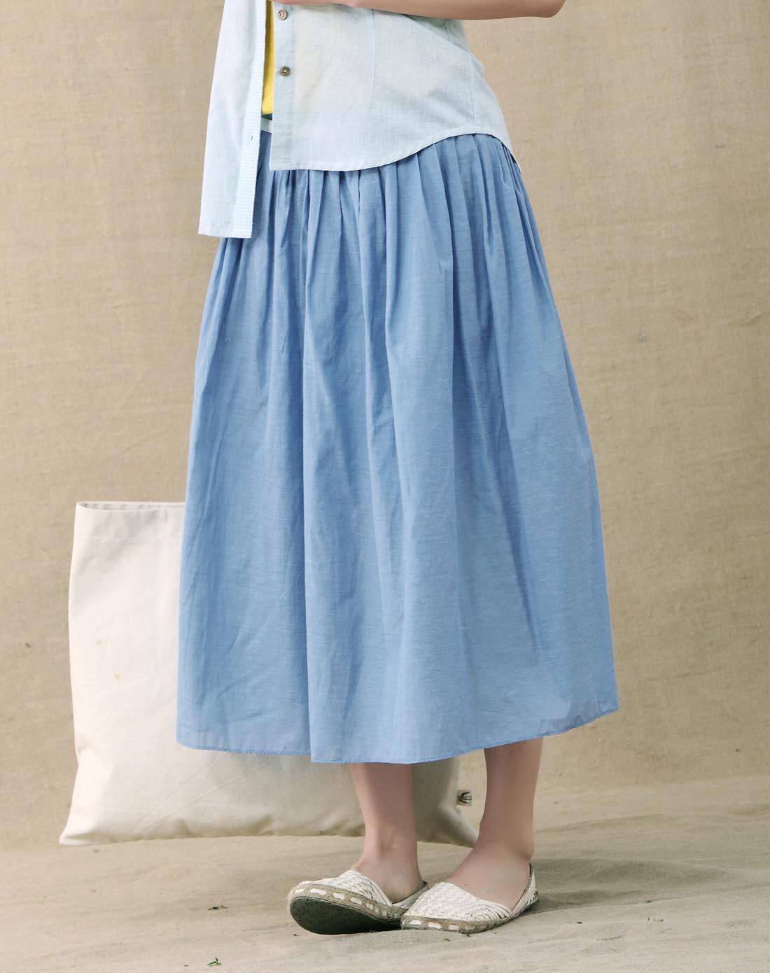 普蓝色压褶拼接半身裙
