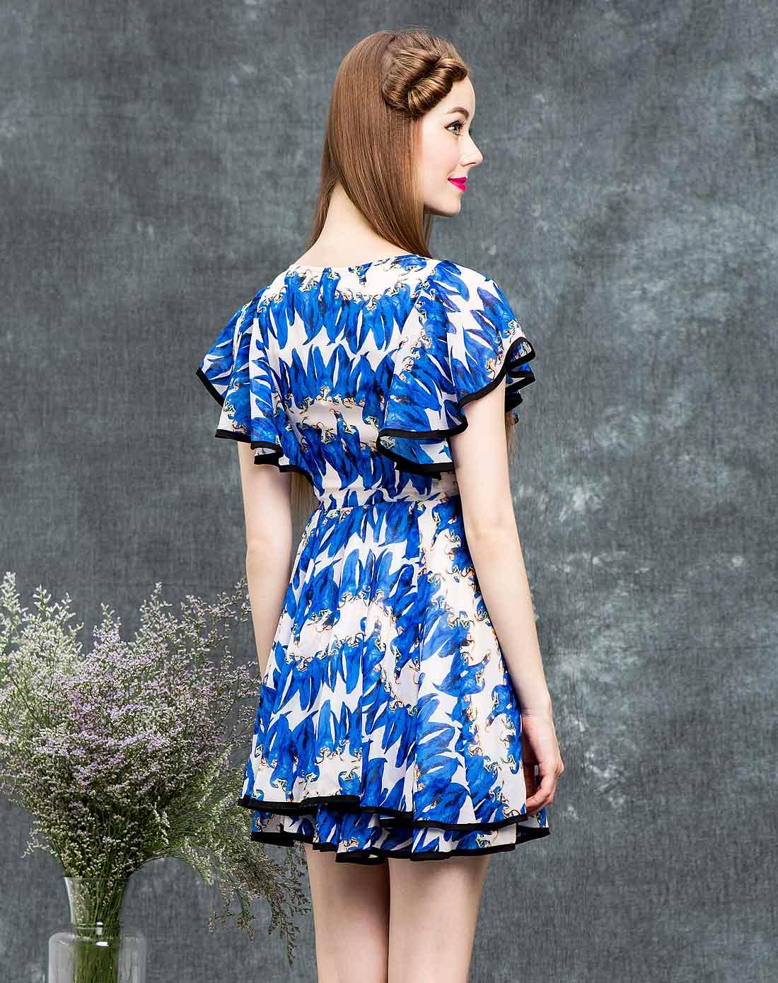 蝴蝶袖印花蓝色简约连衣裙