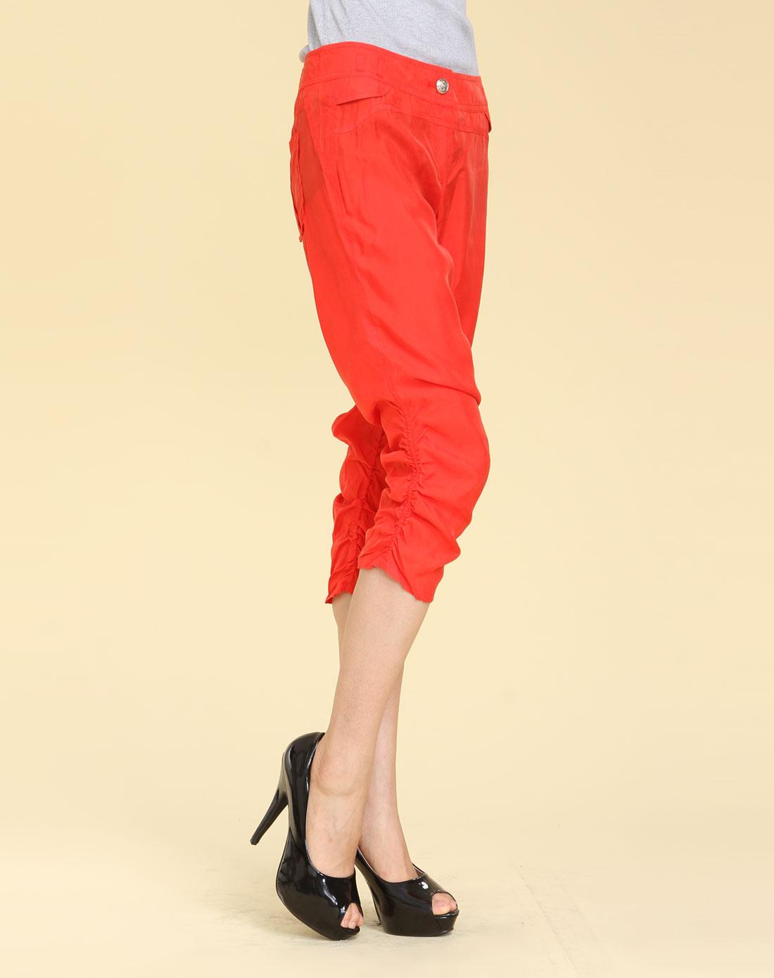 红色哈伦风皱褶七分裤