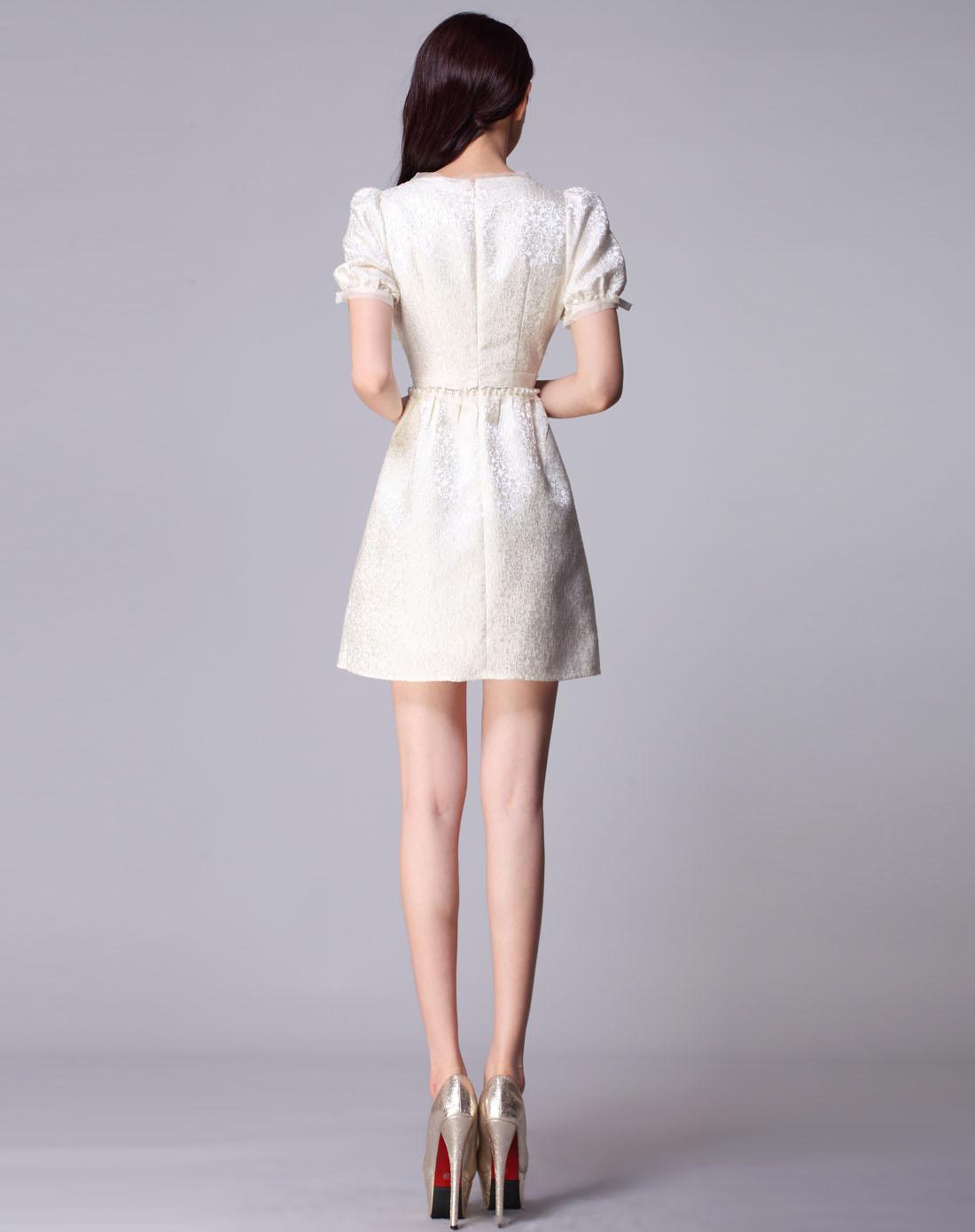 轻熟女装_zimmur女装专场-米色短袖轻熟女优雅连衣群