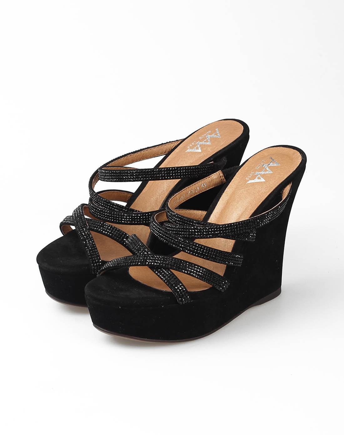 黑色烫钻坡跟凉拖鞋