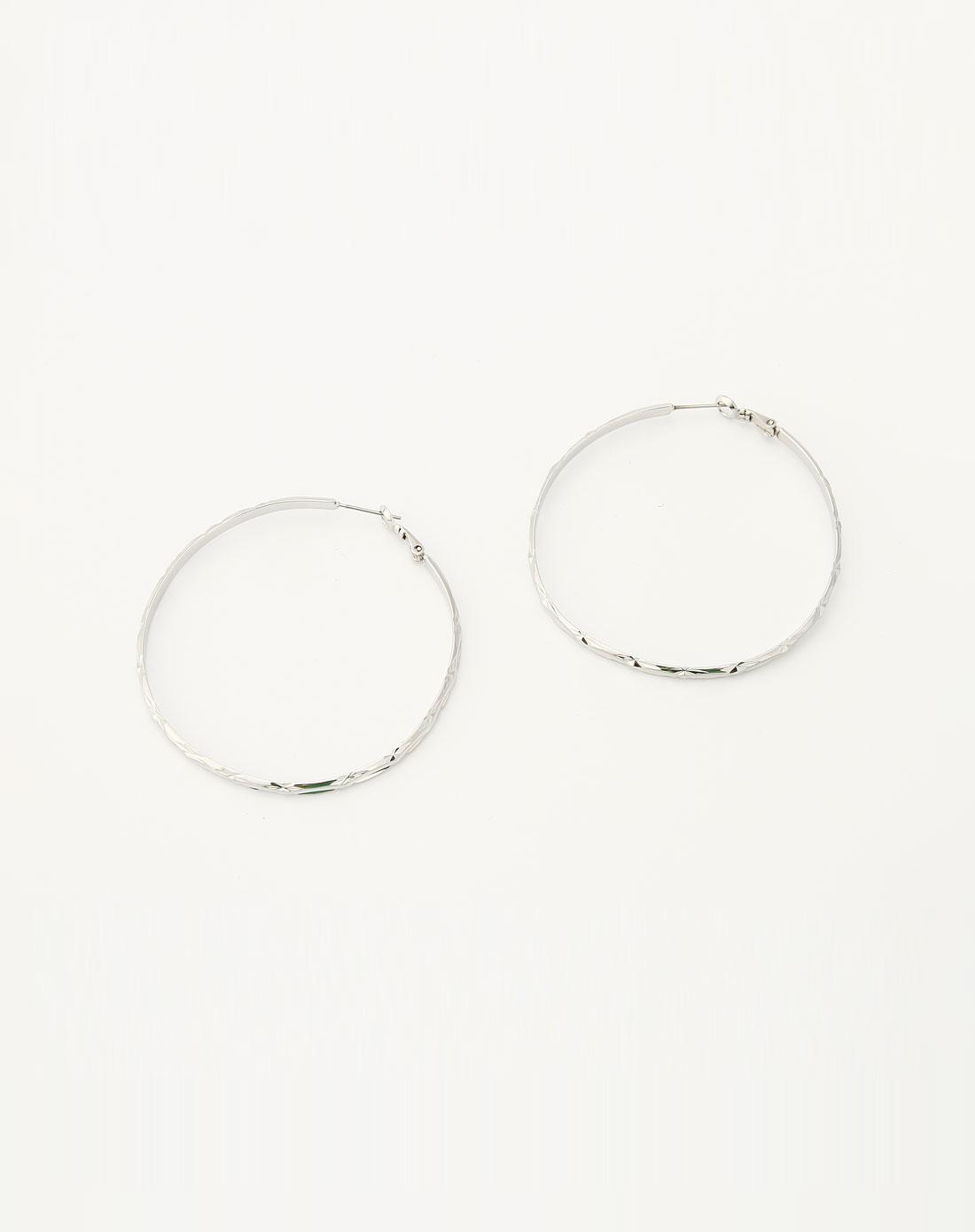 银色简约大方圆形大耳环