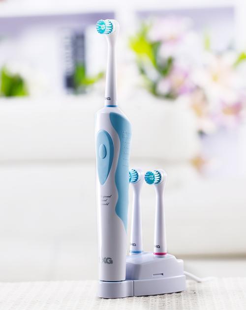 充电式电动牙刷