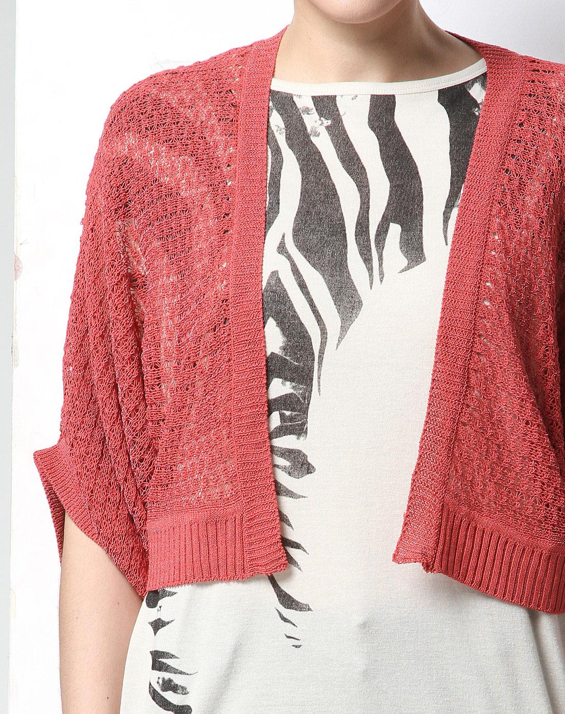 红色百搭镂空编织中袖针织衫