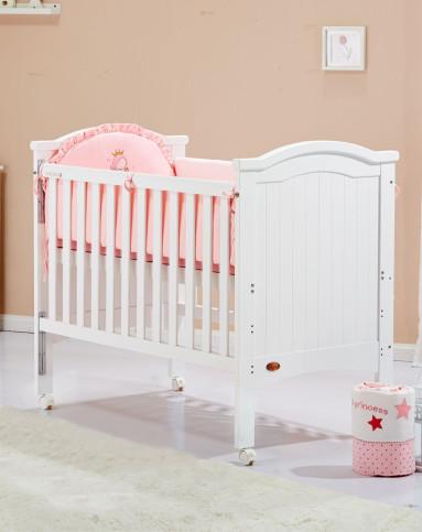欧式白色童床+床围