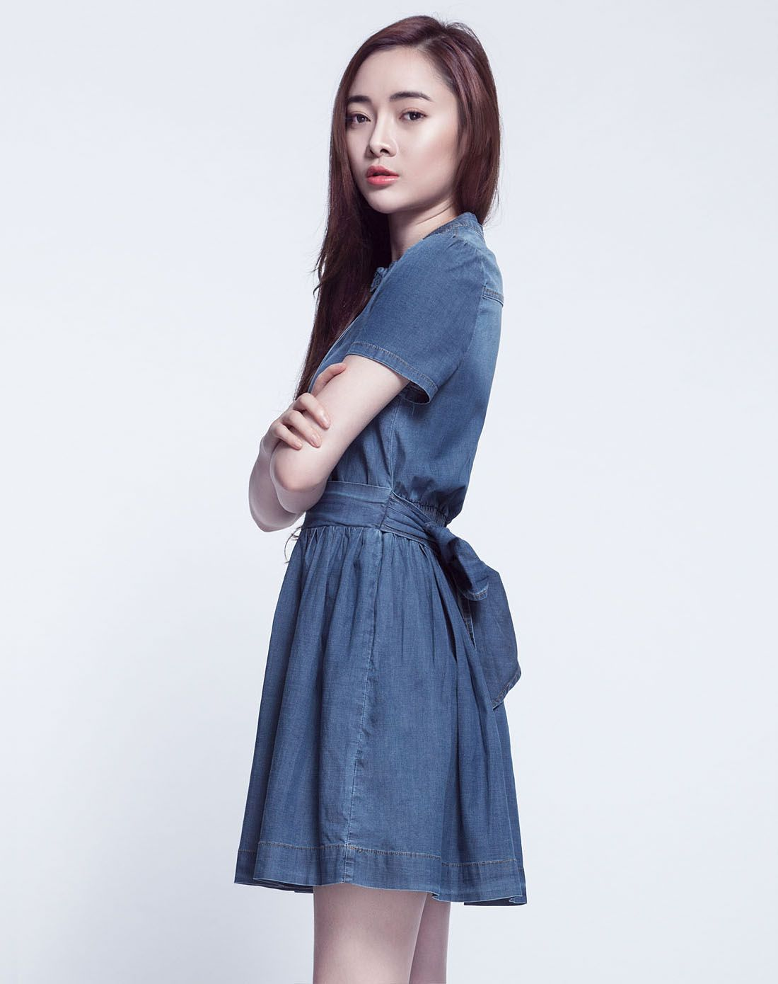 女款蓝色连体束腰牛仔裙