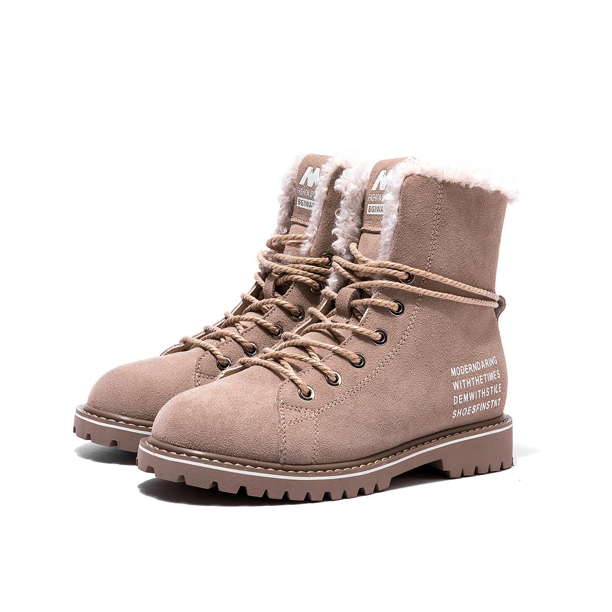 奥康奥康女鞋 2019年秋冬新款牛反绒车缝线字母加绒马丁靴短靴196022056