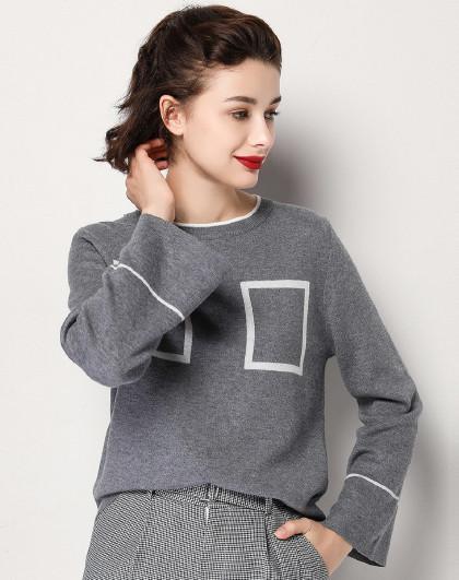 冬休闲撞色方块图案圆领套头微喇袖口百搭慵懒气质毛衣女式针织衫
