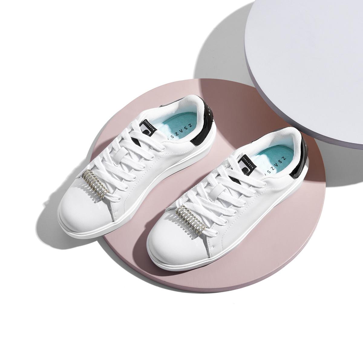 莎莎苏莎莎苏新款水钻小白鞋透气板鞋平底运动鞋女百搭ZA09685-31A0S