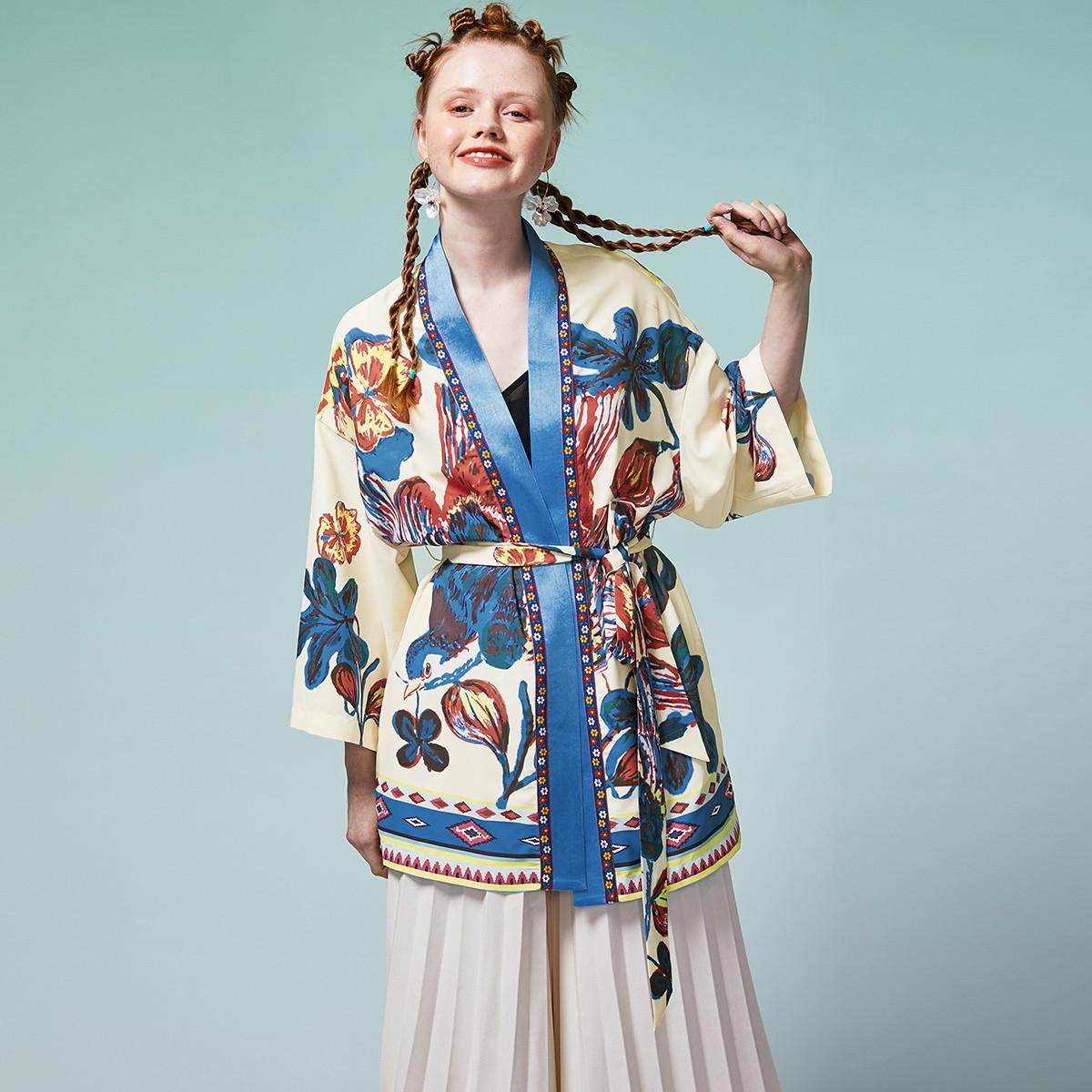 两三事两三事 2020春季新品复古印花绑带开衫女士外套S20CDW008-01