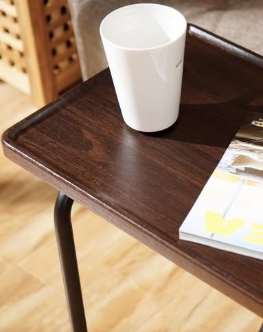 胡桃木纹深棕色沙发边桌