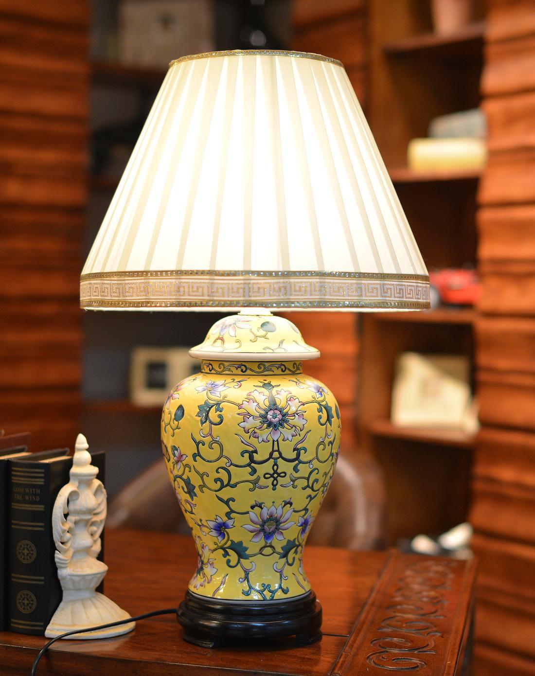 欧式高档手绘陶瓷台灯