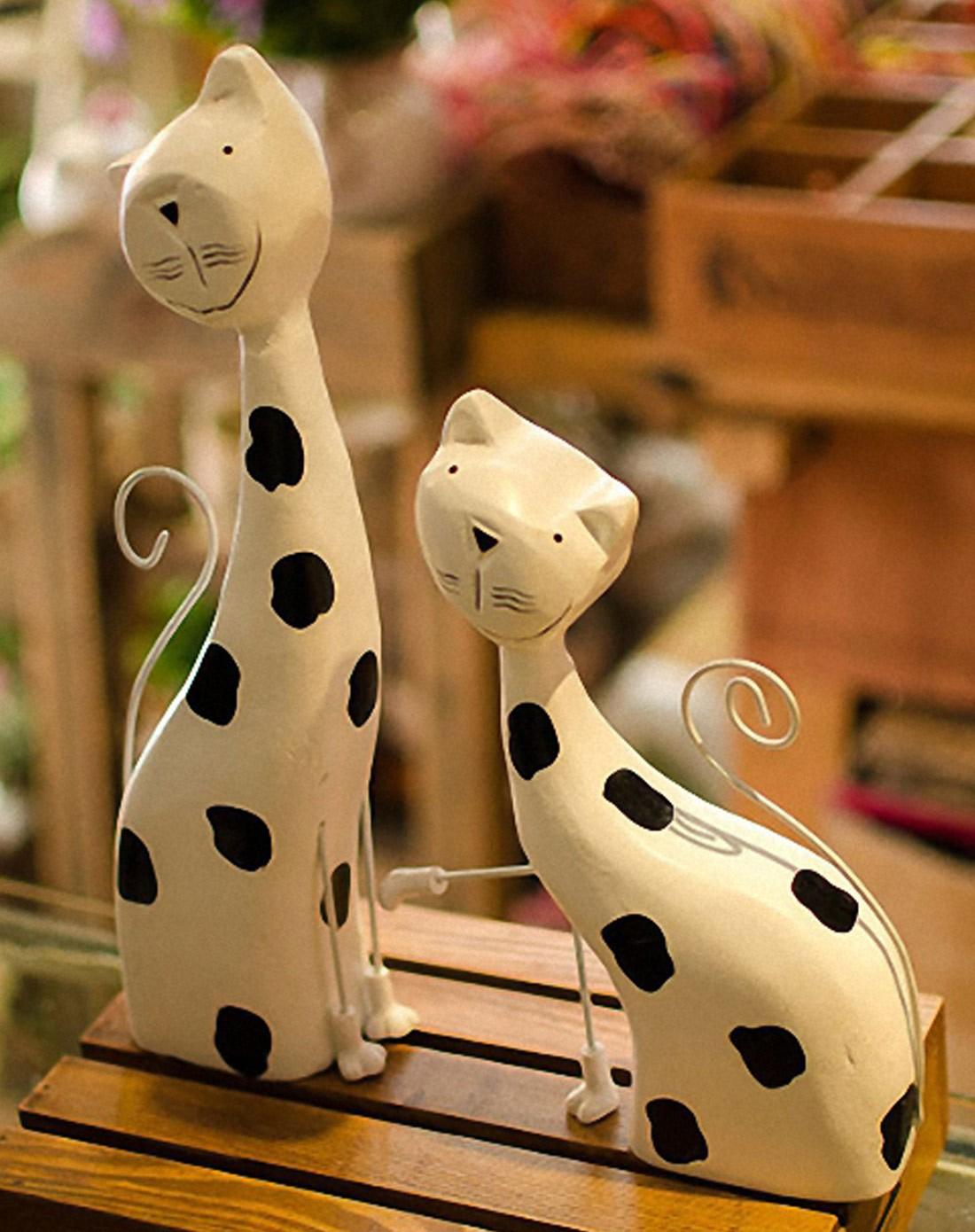 北欧动物圆雕手绘小猫工艺品摆件二件